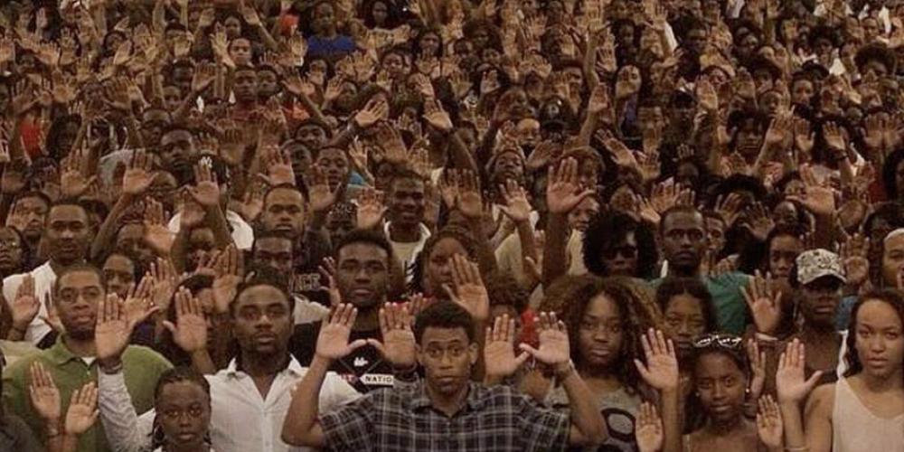 Uma pessoa preta ou parda é assassinada no Brasil a cada 13 minutos