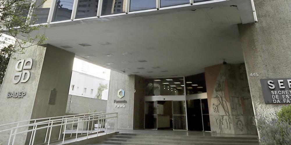 Sem decisão do TCE, prejuízo da Companhia Paranaense de Securitização chega a R$ 1,7 milhão
