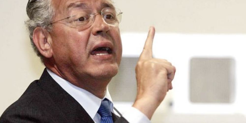 Hauly dignifica o Paraná. No ranking dos políticos, ele é o parlamentar mais bem avaliado no congresso nacional