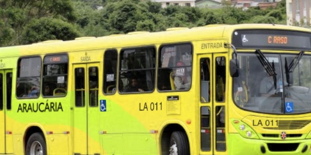 Municípios anunciam reajuste nas tarifas de ônibus. Em Araucária, o preço da passagem baixou de R$ 4,25 para R$ 2,90