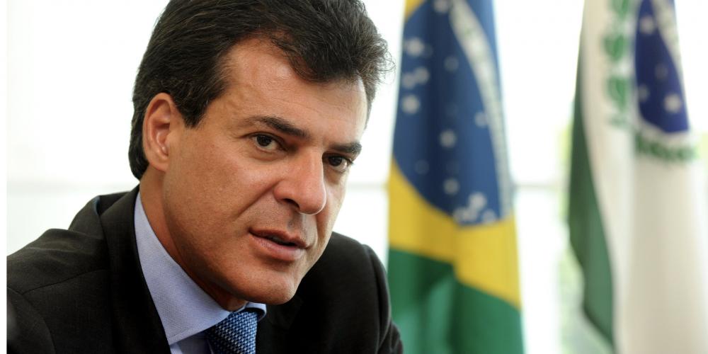Beto Richa confirma candidatura ao Senado e deve apoiar sua vice, Cida Borghetti, candidata ao governo