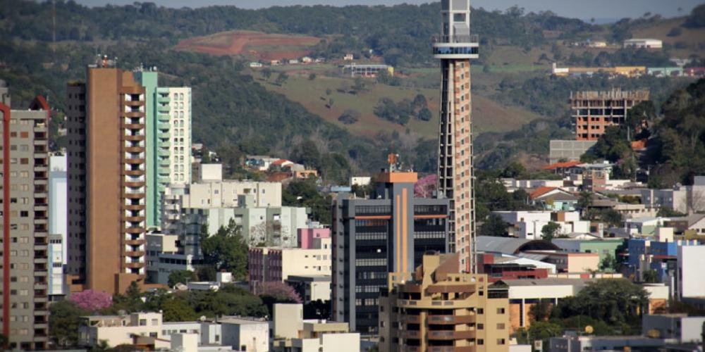 Vale a pena denunciar. Após reclamação de cidadão ao TCE, Francisco Beltrão revoga edital de R$ 6,6 milhões. Fiquem de olhos abertos…