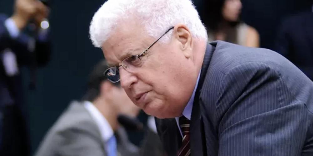 Nelson Meurer, o deputado mais inocente do Paraná, praticou 605 crimes, afirma PGR