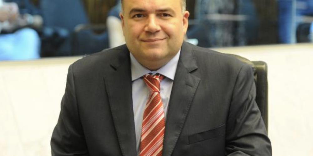 Dep. Ney Leprevost (PSD), diferente de uns e outros, se coloca à disposição de seu partido. Diz que pretende disputar o Senado da República