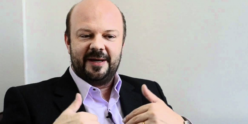 UFPR: Ricardo Marcelo Fonseca, reitor da instituição, demite servidores acusados de desvio dinheiro em bolsas de pesquisa