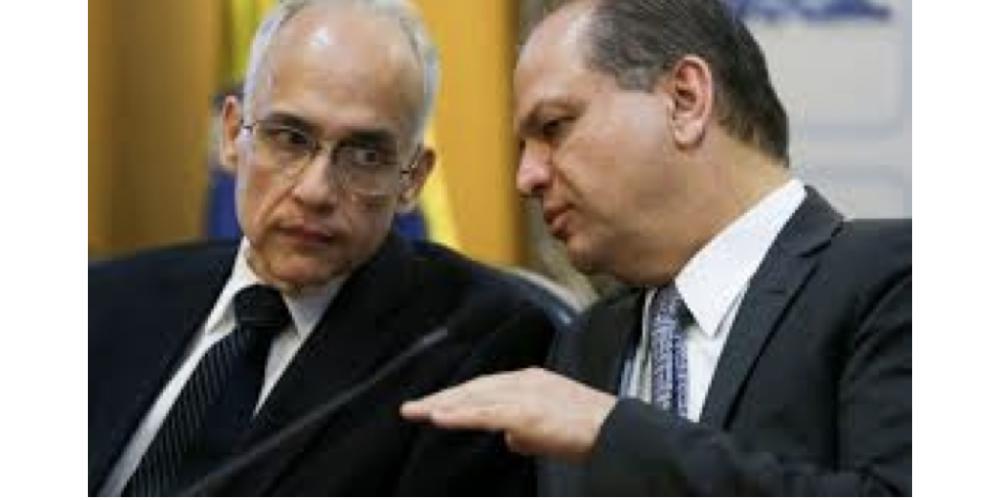 Ricardo Barros traçando o futuro próximo. O ministro deseja, quer e pode colocar Antônio Nardi como secretário da Saúde do Paraná. O cara é forte…