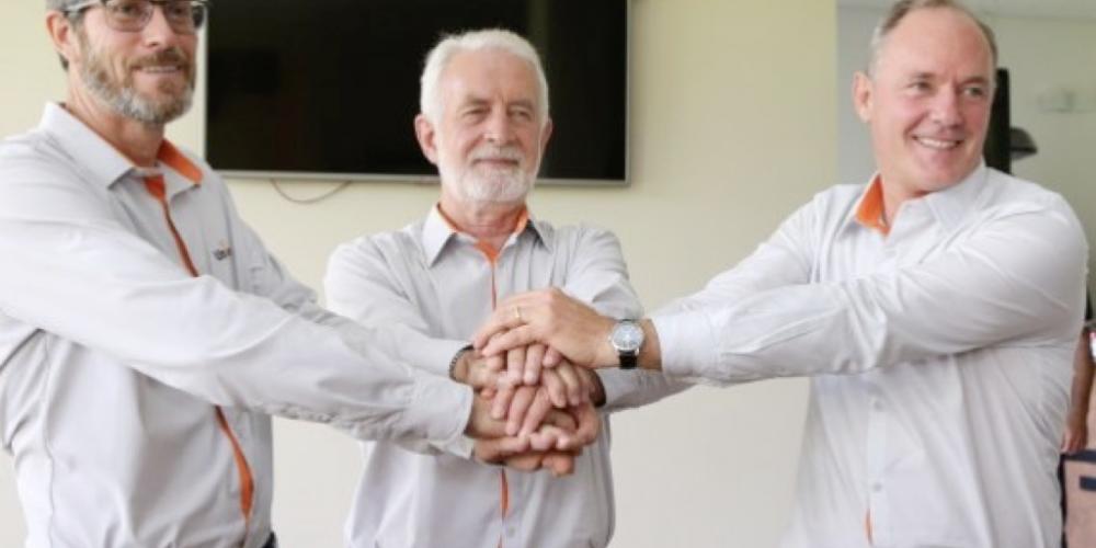 Intercooperação: Frísia, Castrolanda e Capal, dos Campos Gerais,  lançam a marca Unium