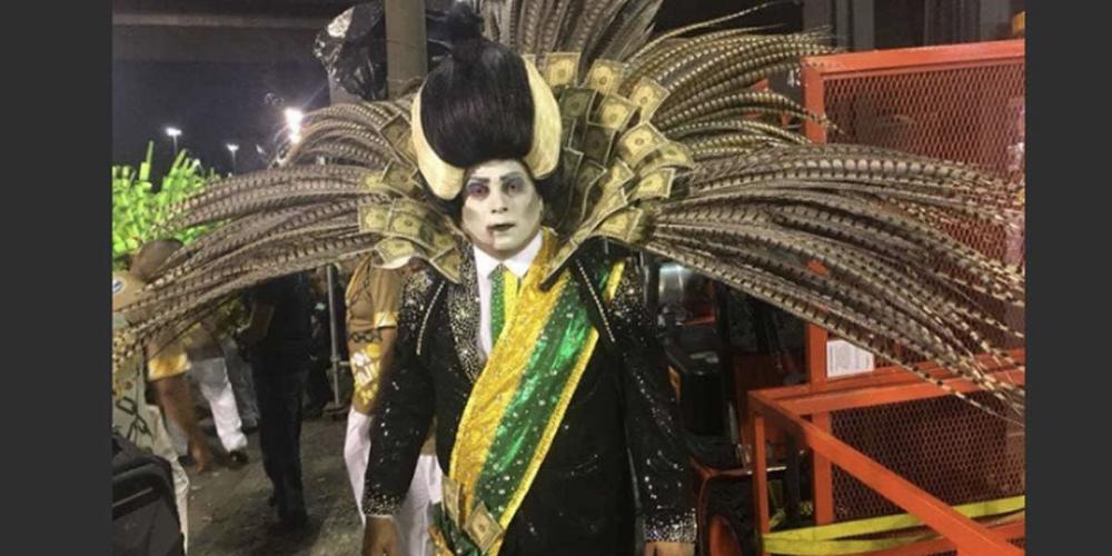 Carnaval com muitas críticas vindas das escolas de samba Tuiuti e Beija Flor não assustam a turma de Michel Termer. A moçada quer ele candidato à reeleição