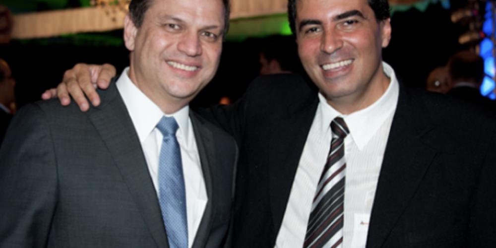 Marcelo Belinati e Ricardo Barros, amigos, firmes e fortes. O primeiro, recebendo benesses e o segundo, arranjando votos