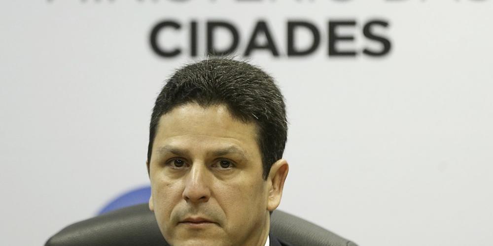 A tucanada começa apear do governo do presidente Michel Temer. O primeiro foi Bruno Araújo, ministro das Cidades