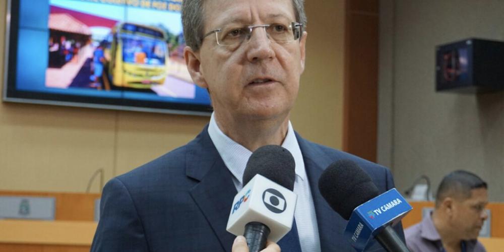 Polícia Federal de Foz do Iguaçu prendeu nesta terça-feira o vereador Luiz Brito (PEN). O parlamentar é investigado na Operação Renitência