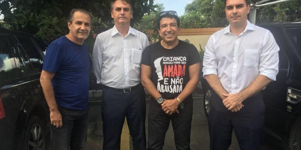 """Picaretas de Cristo entram de cabeça na caminhada de Jair Bolsonaro. Juntos """"Deus"""" e o """"Diabo"""". Tudo pelo poder"""