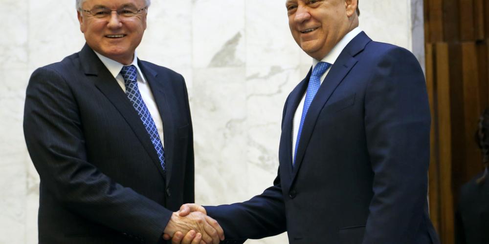 Valdir Rossoni e Ademar Traiano afirmaram que o governador Beto Richa está propenso a terminar o mandato