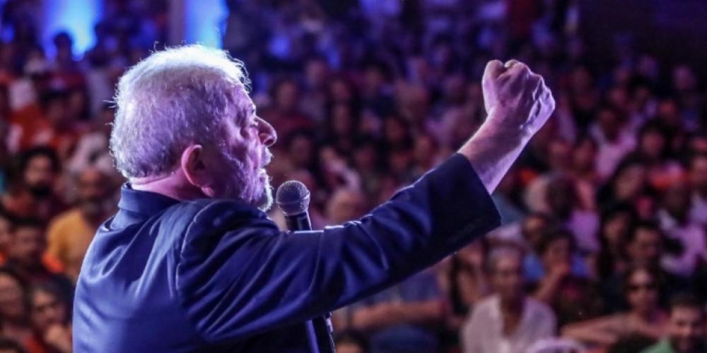 Partido dos Trabalhadores vai explorar ataques à caravana do Sul em denúncia na mídia estrangeira