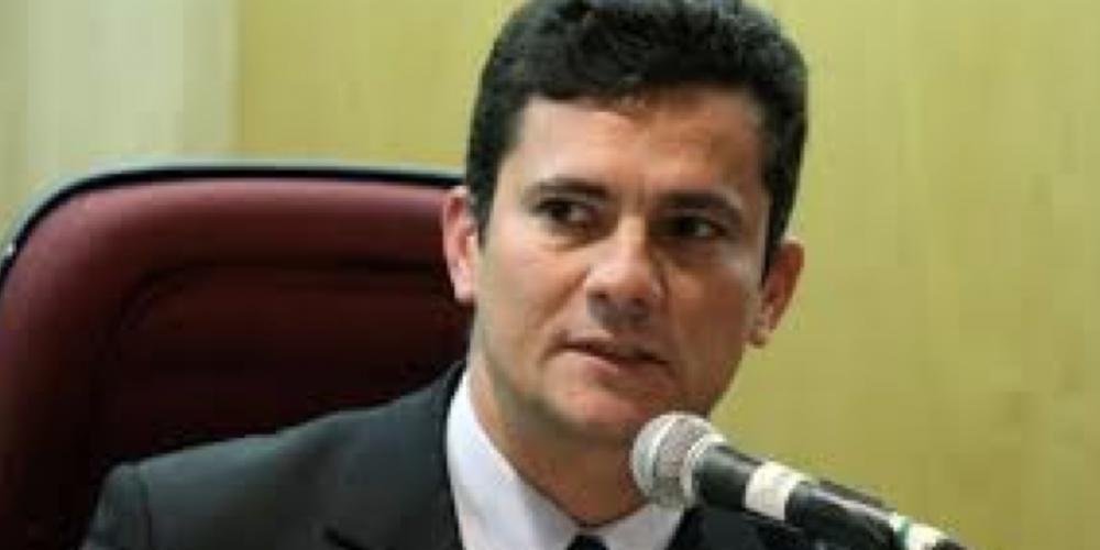 Operação Lava Lava informa. Sérgio Moro sai da UFPR e vai para UniCuritiba. O preço do tomate…