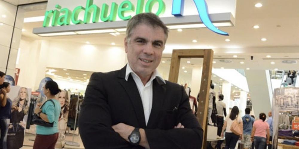 Mais um candidato para presidente. Flávio Rocha, dono da Riachuelo, já está armando o palanque