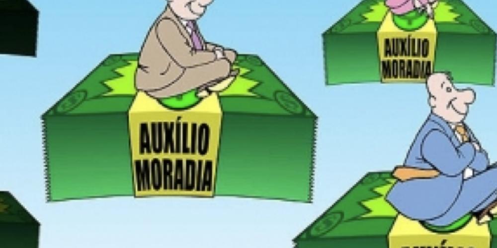 Sérgio Moro afirma que recebe auxílio-moradia,mesmo tendo imóvel na capital paranaense, como complementação salarial. Tudo bem, mas é justo?