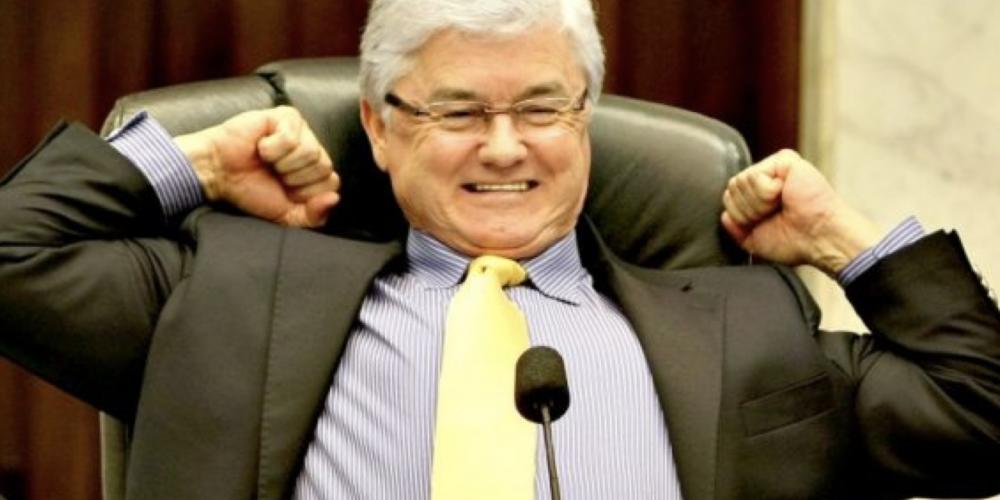 """Câmara Federal deverá ter uma """"valorização excepcional"""". Está voltando Valdir Rossoni, o deputado dele mesmo"""