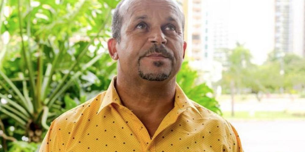 """Álvaro Dias será eleito presidente. Nem Lula, nem Bolsonaro, nem seremos hexa. Vidente revela o Brasil de 2018. Ele ficou conhecido após ter """"acertado"""" as previsões sobre a tragédia da Chapecoense e o 7×1"""