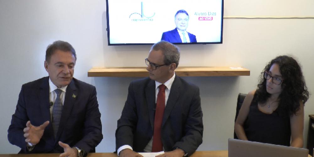 """Você viu? Álvaro Dias foi entrevistado pelo """"Congresso em Foco"""". Ele defende a nova reforma da Previdência: """"Temos de enfrentar o debate"""""""