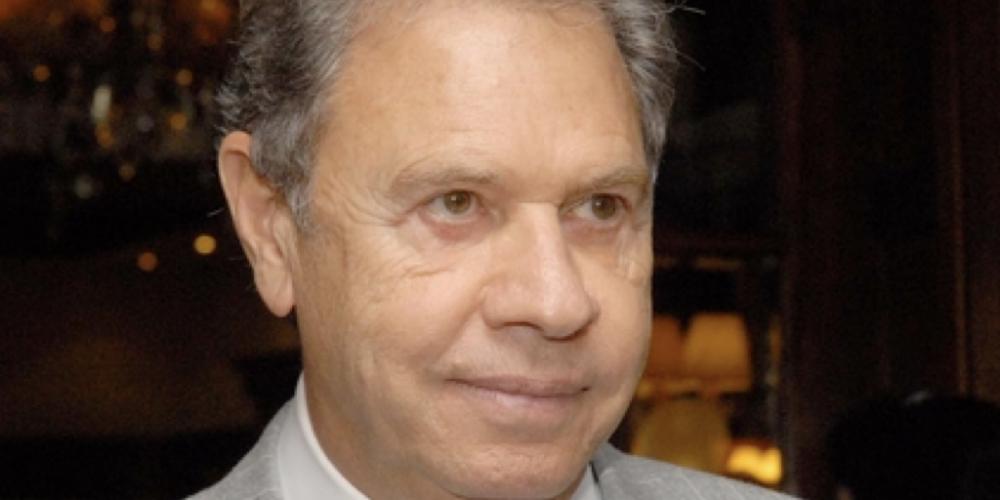 Suplente é para essas coisas. O pré-candidato ao Palácio do Planalto, Álvaro Dias, quer correr atrás de apoios. Com isso, Joel Maluccelli assume