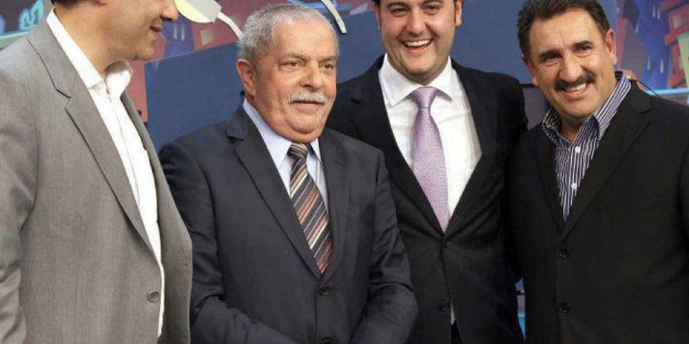 A revolta dos Ratos. Ex-amigo de Lula, o apresentador Ratinho apela à onda antipetista para fazer do filho governador do Paraná