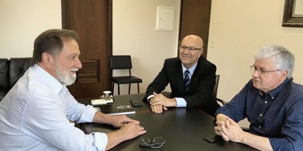 Eleições 2018. Osmar Dias recebeu, nesta terça-feira (05/12), Valdir Rossoni e Luiz Claudio Romanelli