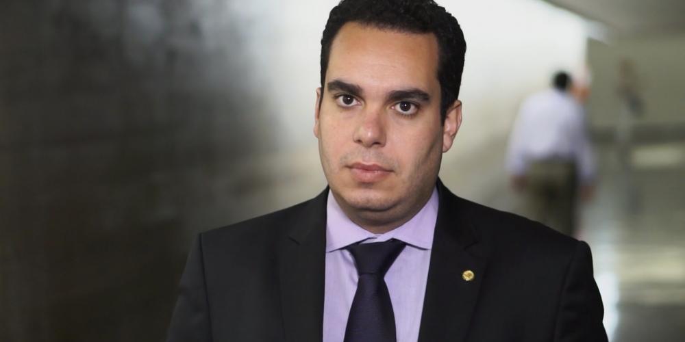 Paulo Martins, o conservador dos conservadores, deve ser candidato ao senado pelo PSC, partido do Ratinho Junior