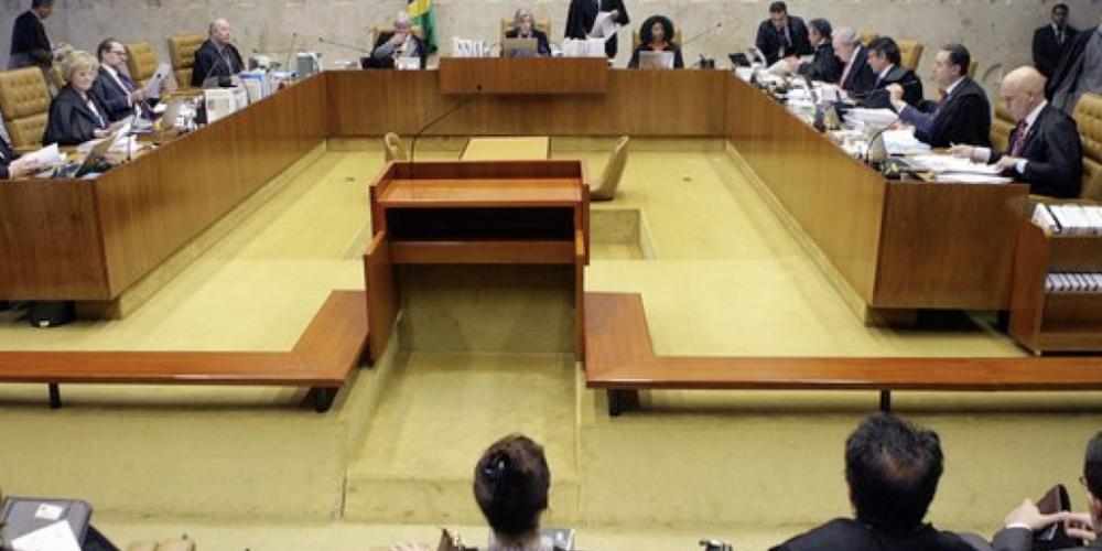 Maioria do STF vota pela restrição ao foro privilegiado para parlamentares, mas pedido de vista adia decisão