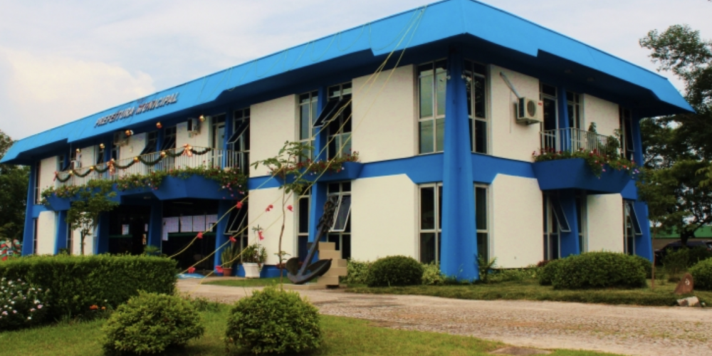 O município de Almirante Tamandaré deve receber restituição de salários de servidor que acumulou cargos
